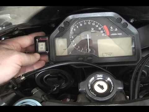 Acumen Dg8 Install Video For 2005 Cbr 600rr Youtube