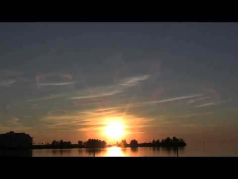 UFOs Sightings or BP Gulf Oil Spill - Strange Poisonous Clouds Florida Coast 2013 Video