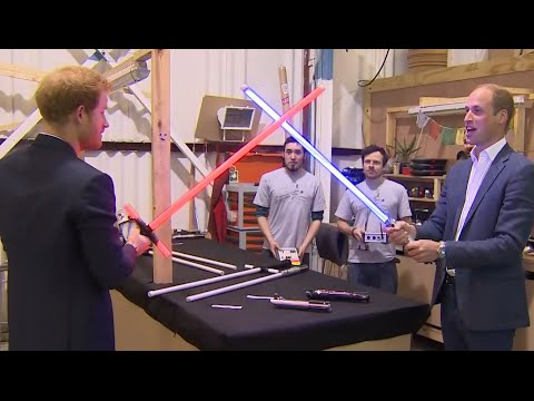 'Star Wars' Set Tour | Prince William, Harry Go Behind the Scenes