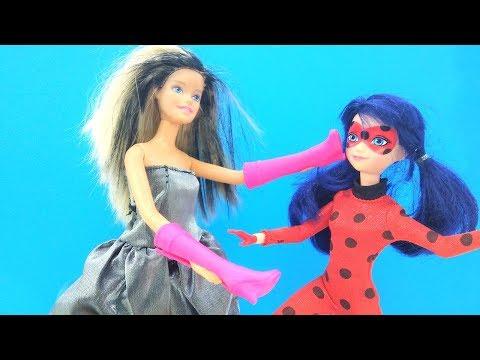ЛедиБаг и Суперкот - Кукла Барби превращает всех в обувь