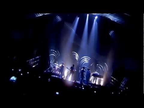 Bruno Mars Locked Out Of Heaven Live Performance X Factor 2012 Young Girls Music Video Moonshine