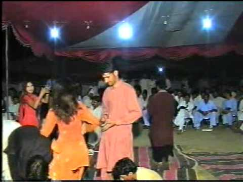 a nice hindko song afshan zabi night porgrem