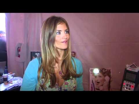 Flirt It Girl at Backstage Creations Celebrity Retreat Teen Choice Awards ...