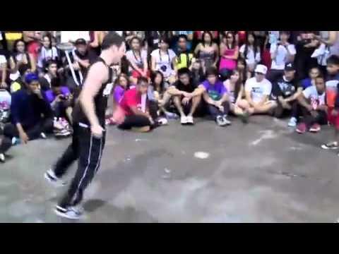 เด็ก 8 ขวบเต้นบีบอยแข่งกับผู้ใหญ่
