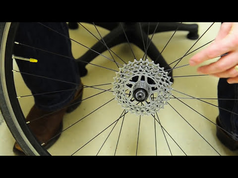 How To - Remove, Clean & Install a Rear Bicycle Cassette ( Shimano or SRAM )