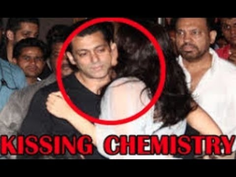Salman Khan, Jacqueline Fernandez Kissing Chemistry At 'kick' Trailer Launch video