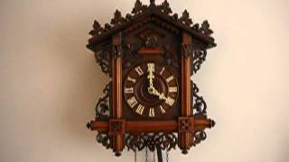 Antique Bahnhausle Cuckoo Clock