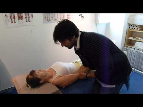 Shoulder pain. chiropractic. chiropractor frozen shoulder.MTS