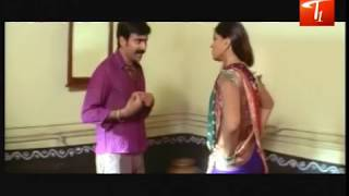 Anushka's Hot Scene From a Telugu Movie