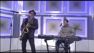 Kirk Whalum and John Stoddart perform on Morning Live