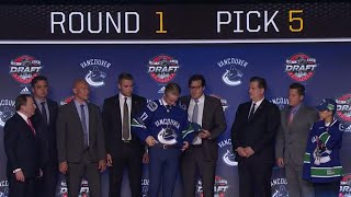 Vancouver Canucks draft Elias Pettersson fifth overall