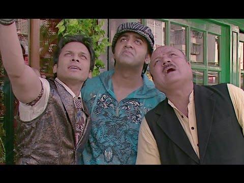 Akshay Kapoor Is A Spoilt Brat - It's Rocking - Dard-E-Disco