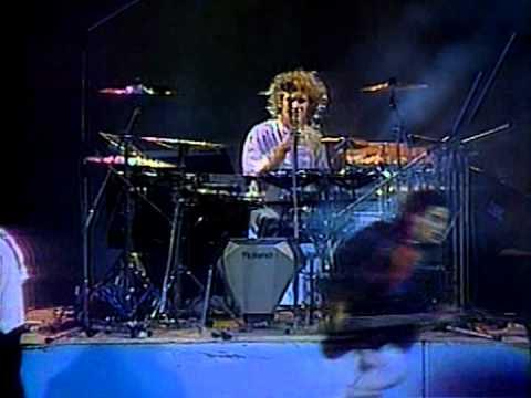 Soda Stereo - Festival de Vi�a 1987, Soda Stereo, Sobredosis de TV