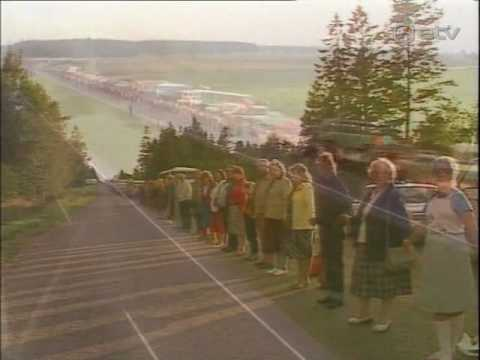 On this day, in 1989, around 2 million people joined hands in a human chain that stretched 600 kilometres (372 mi) across the 3 Baltic countries, Latvia, Lithuania, and Estonia to protest against Soviet occupation of Baltic states
