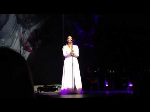 Leona Lewis - Footprints In The Sand - Royal Albert Hall