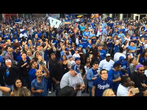Fans in Kansas City Power & Light District celebrate Royals' win