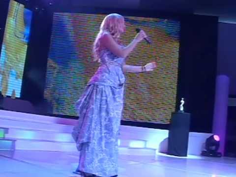 Nataša Bekvalac - Kao Nikotin @ Miss BiH 2010