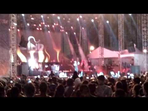 Nicky Jam – Te Busco (Zócalo, Mexico) (2016) videos