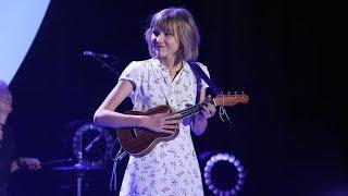 Grace VanderWaal Takes the Stage with 'Moonlight'