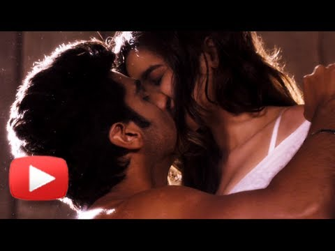 Alia Bhatt and Arjun Kapoor's Hot Kiss | 2 STATES Trailer