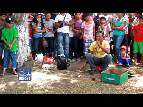 Pinoy Street Magic by Roy Conindo at Pototan Fiesta 2013 + Magical Stone and Snake