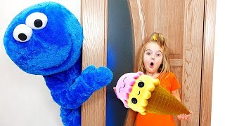 Cookie Man, Learn Colors With Hide and Seek for Kids