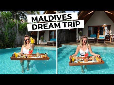 WE FOUND PARADISE (+ sandbank experience!)    Sophie's Suitcase