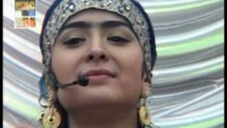 خواننده تاجیک؛ گلومو