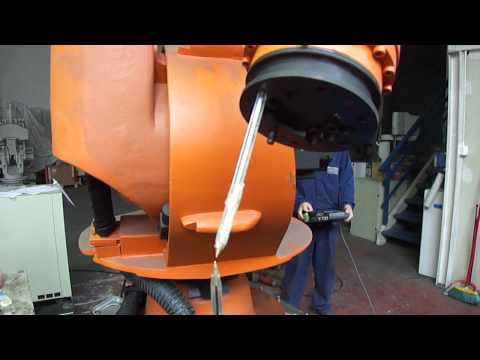 Kuka KR30 industrial robot – accuracy test