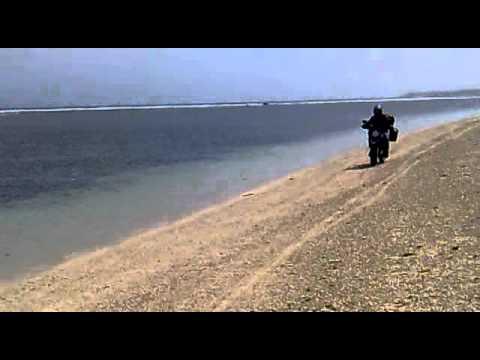 Pesisir Pantai Ujung Genteng[1]