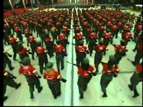 Milicia Lloviznando Cantos en desfile Cívico Militar 4F 2012 Venezuela