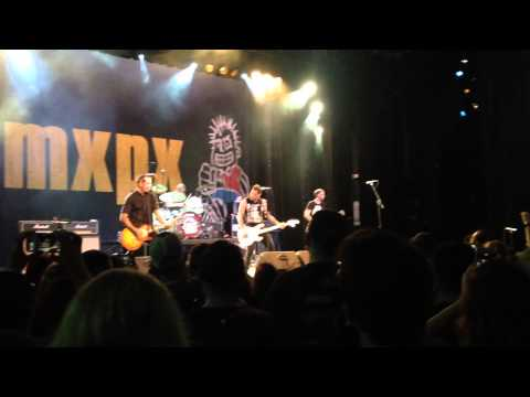 MxPx - Moving Mountains