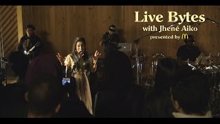Jhene Aiko Performs