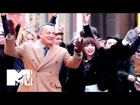 Justin Bieber & Tom Hanks Are In Carly Rae Jepsen's New Music Video | MTV