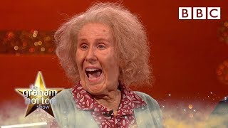 Nan wants a go on the big red chair! 👵😂 - BBC