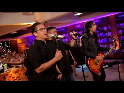 Sammy, Mike, Piyu - Cintaku (Chrisye Cover) (Live at Music Everywhere) * *