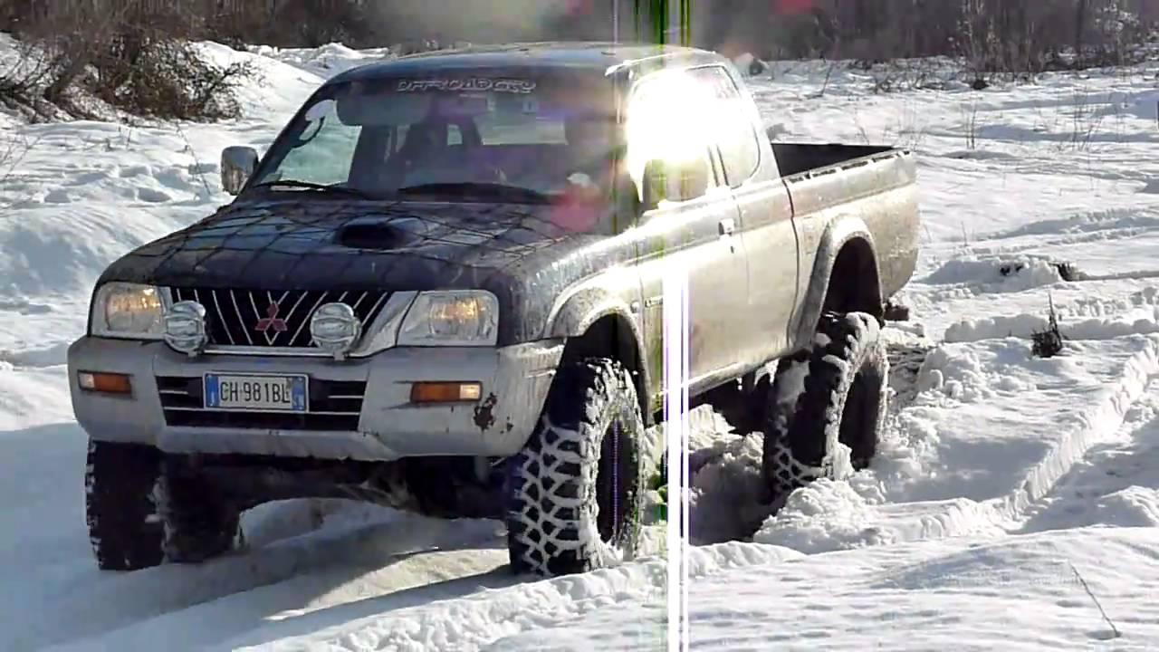 Mitsubishi L200 & the snow - YouTube