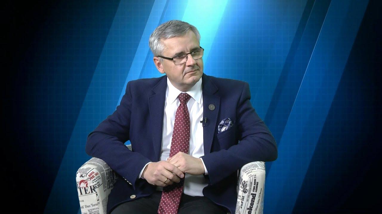 dr Andrzej Sznajder