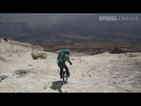 Weltrekord im Einrad-Downhill: Der Damavand-Bezwinger