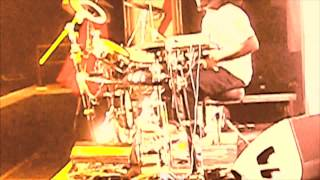 T Pain playing the drums LIVE in concert