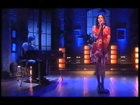 Amy Winehouse Take The Box