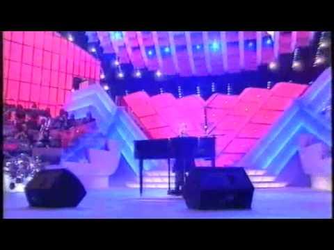 Gigi D'alessio - Tu che ne sai - Sanremo 2001.m4v