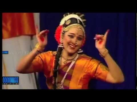 Manju Warrier's Stage Performance