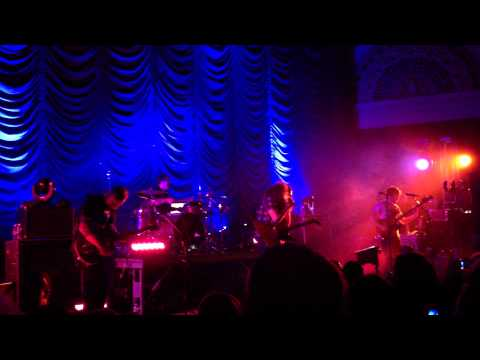 Coheed and Cambria ft Chondra Sanchez - Somebody That I Used to Know (May 10, 2012)
