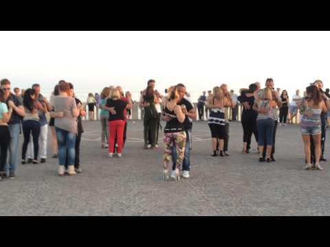 KIZOMBA FLASH MOB OSTIA BEACH ROMA  GIUGNO 2014