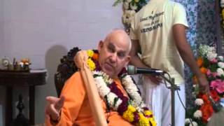 Offering by HH Bhakti Madhurya Govinda Swami Maharaj
