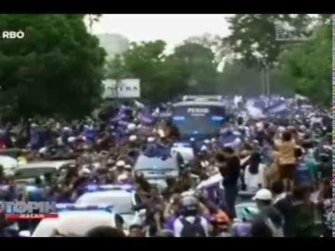 [ANTV] TOPIK Persib Juara! Piala Dan Pemain Diarak Keliling Kota