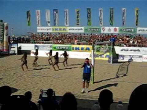Category italian showgirls for Assago beach forum