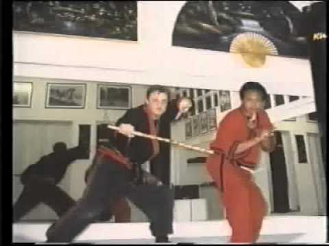 """Intervista realizzata nel 2000 per conto della Videorivista Martial Arts Street Fighter Video. Sono presenti alcune scene del Film """"NAPAS Squadra Speciale"""" con Giorgio Porcellana."""