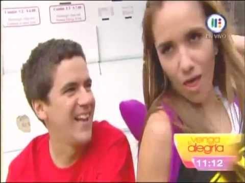 No es lo mismo pero es igual El beso de Mariana y Mauricio Mancera Venga la Alegria